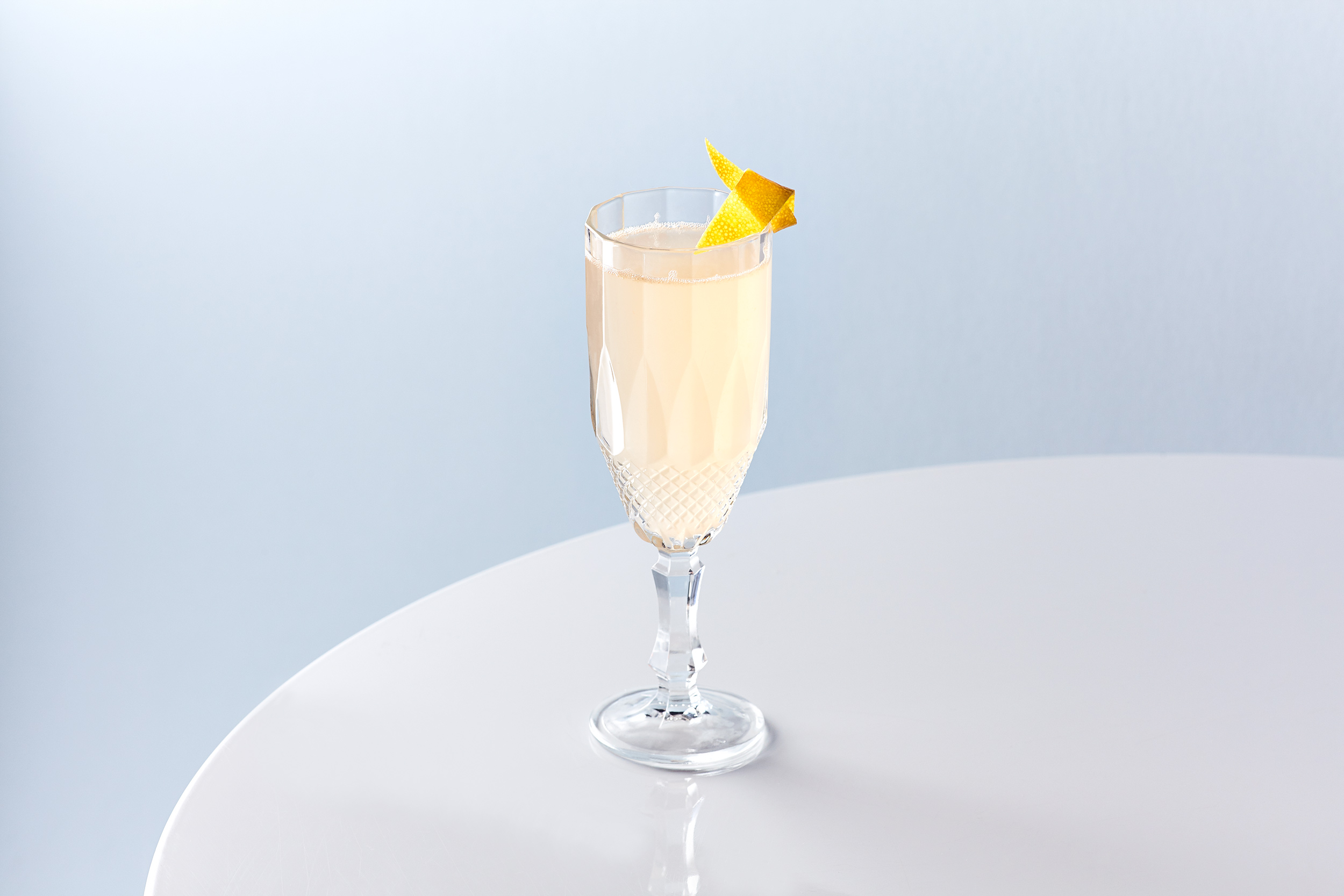 Grapefruit Sparkler Cocktail for Darnleys Gin, Wemyss Malts.